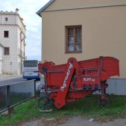 Mlátička z Dačic na Moravě