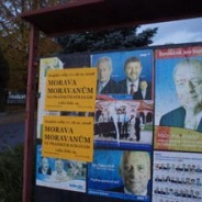 Strejcové z plakátů aneb vzpomínka na volby 2008
